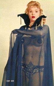 L'artiste burlesque Candy Barr, dans les années 50.